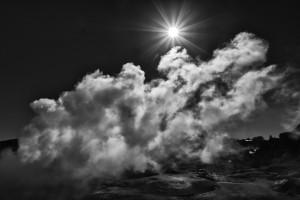 Geysir in Neuseeland | Schwarzweiß-Fotografie