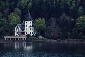 Ländliche Villa am See | Landschaftsfotografie