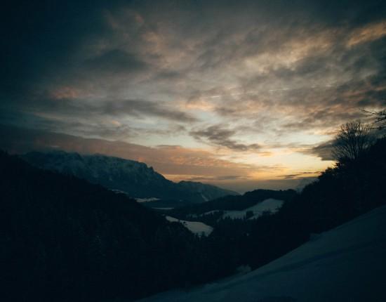 Sonnenuntergang in den Bergen   Fotografieren bei Nacht