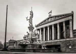 Österreichisches Parlament - HDRI in Schwarz-Weiß