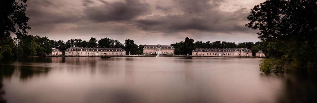 Schloss Benrath - Langzeitbelichtung Panorama