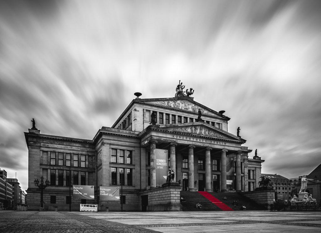 Roter Teppich © Adrian Dolkeit