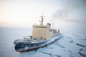 Mit SIGMA in der Polarnacht © Michael Ginzburg