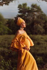 Schwangerschaftsfotografie in der Mehlinger Heide © Charlene Förster