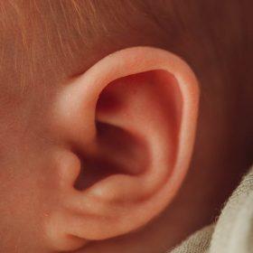 Neugeborenen Fotografie mit viel Liebe zum Detail